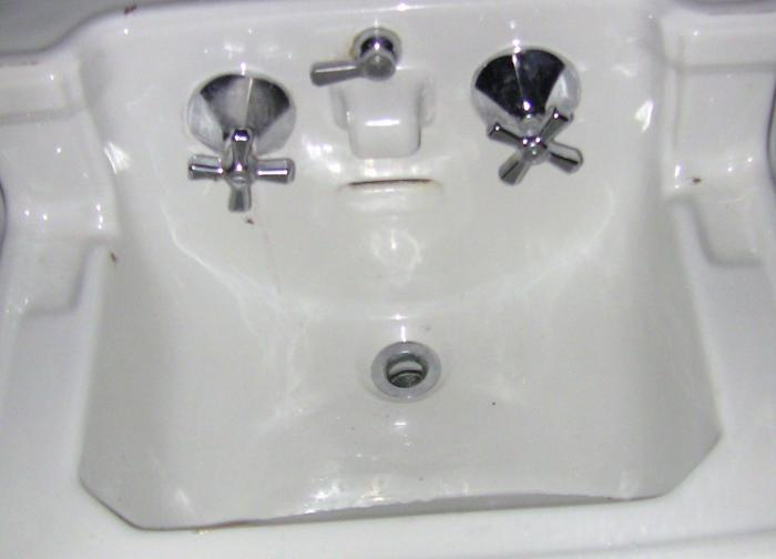 Can Antique 1940s Sink Faucets Be Fixed