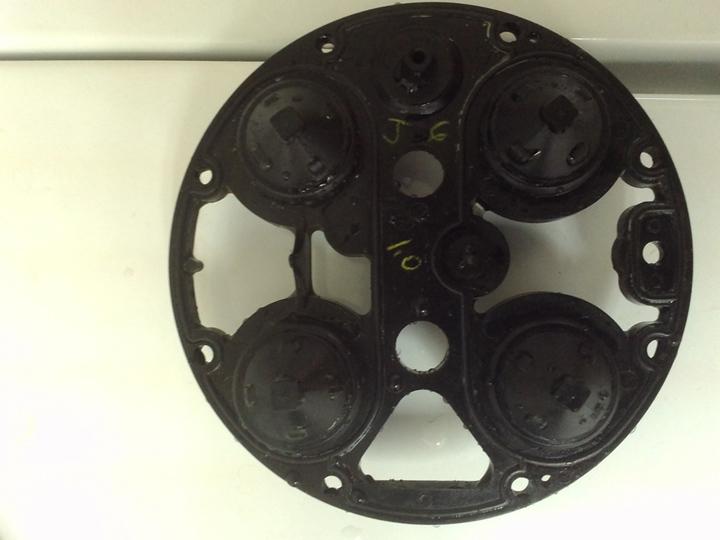 flip-side pistons a.jpg