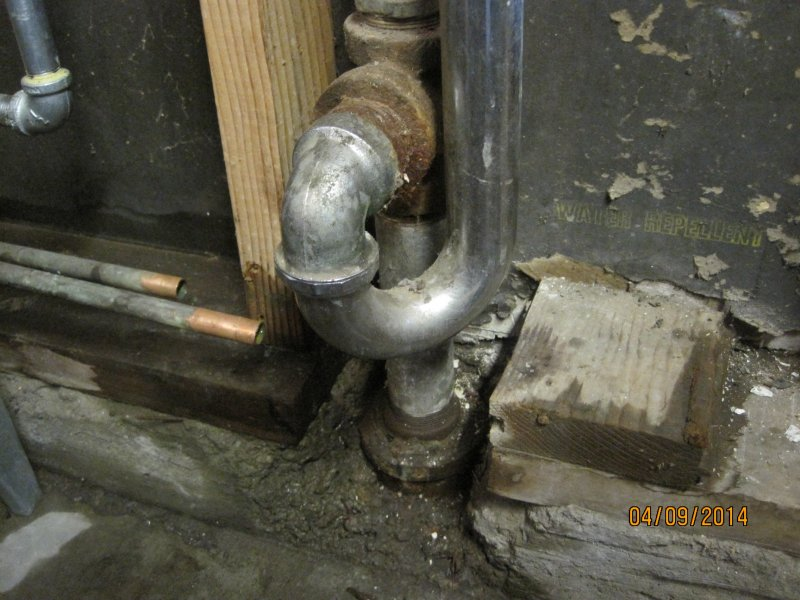 ... the 1 1/2  pipe is a threaded end. & Garage washing machine : changing from 1