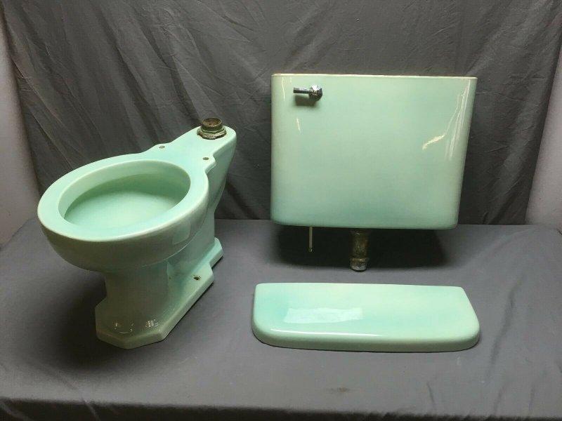 kohler toilet 10.jpg