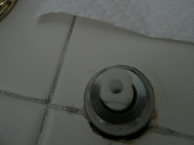 To hose adapter faucet plug