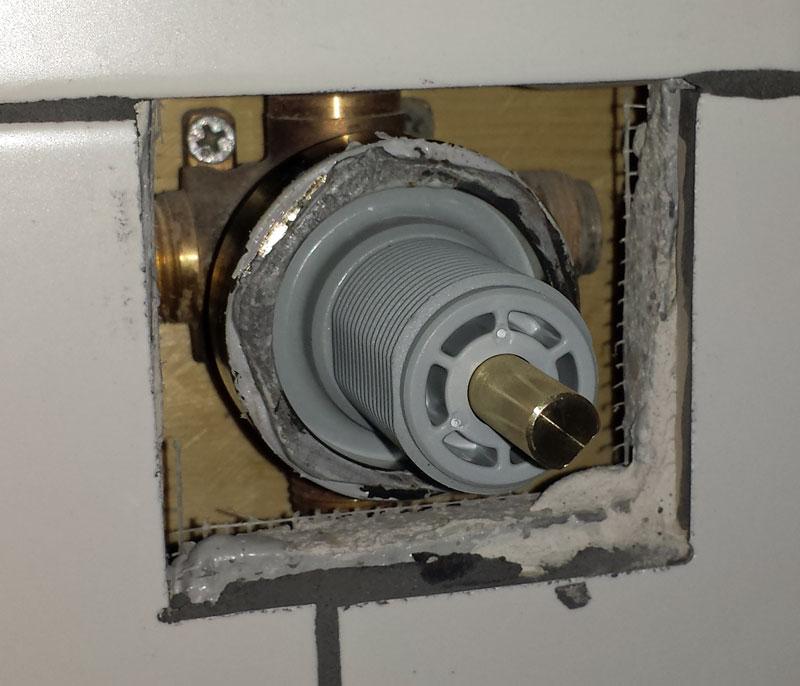 Delta R11000 Diverter Valve Bonnet Nut Removal | Terry Love